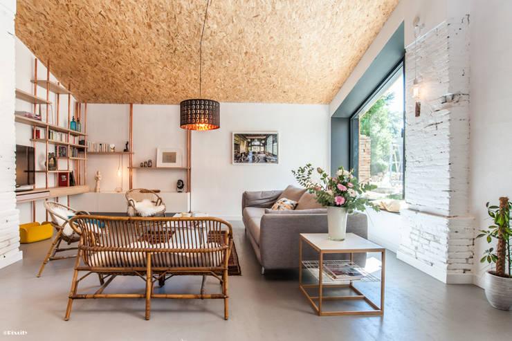 salon : Salon de style de style Moderne par Pixcity