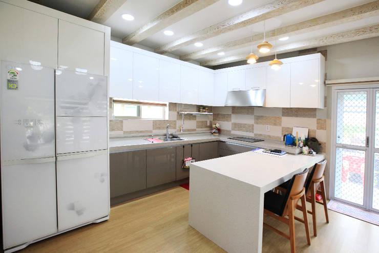 廚房 by 지성하우징