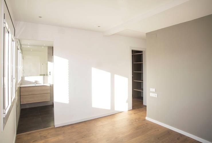 Chambre de style de style Moderne par Grupo Inventia