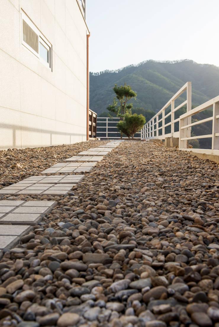 연수리 4호: 친친디 하우스 프로젝트의  정원