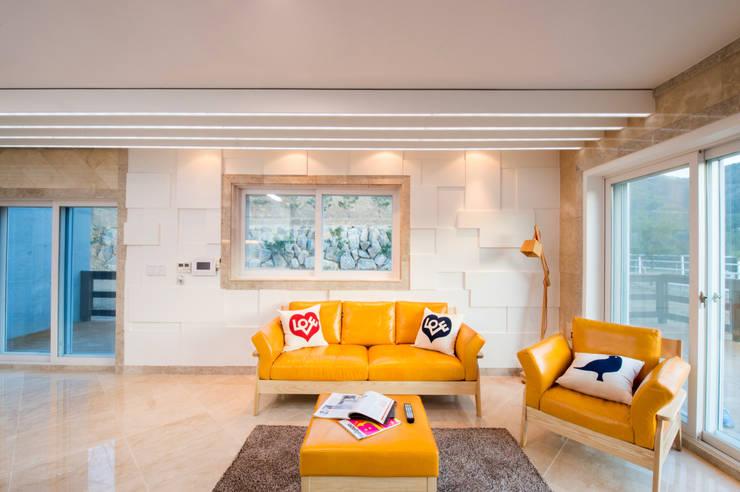 Salon de style  par 친친디 하우스 프로젝트