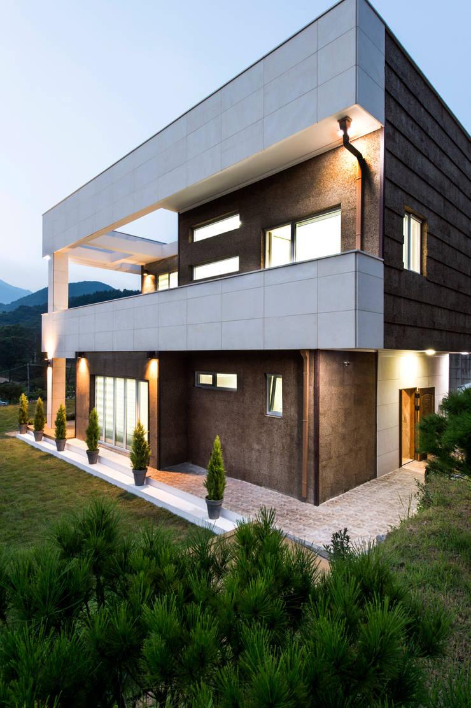 친친디 연수리 컨셉하우스: 친친디 하우스 프로젝트의  주택