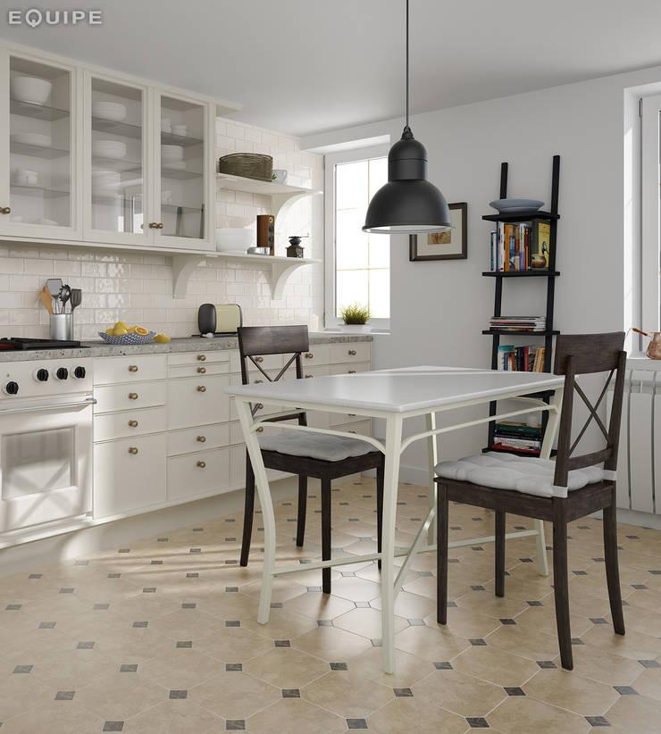 ห้องทานข้าว โดย Equipe Ceramicas, คลาสสิค