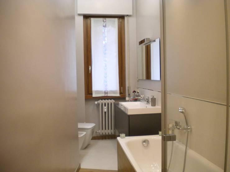 Casas de banho  por Architetto Alberto Colella