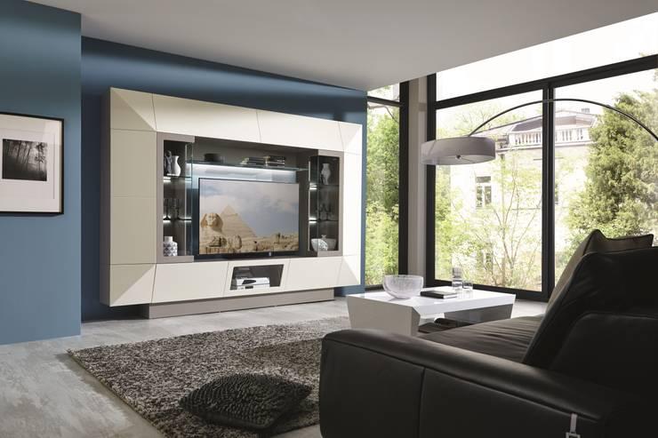 Salas de esta modernas Modern living rooms www.intense-mobiliario.com  AMSIRP : Sala de estar  por Intense mobiliário e interiores;
