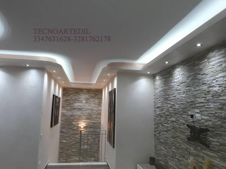 Plafoniere Per Ufficio A Led : Idee di illuminazione per un soffitto grande effetto