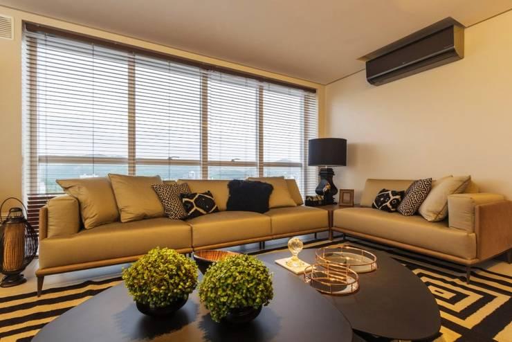 modern Living room by Spengler Decor