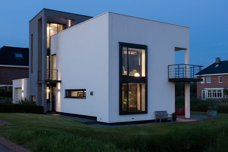 Villa Rotterdam:   door Woon Architecten