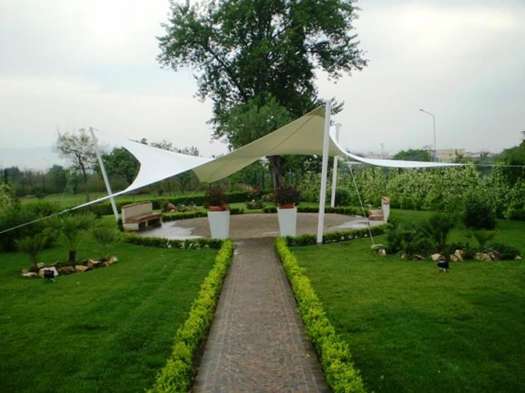 Garden by Fervistudio Outdoor