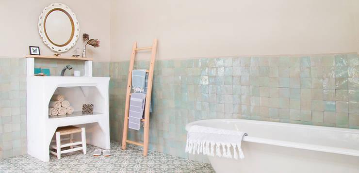 Projekty,  Łazienka zaprojektowane przez Designtegels