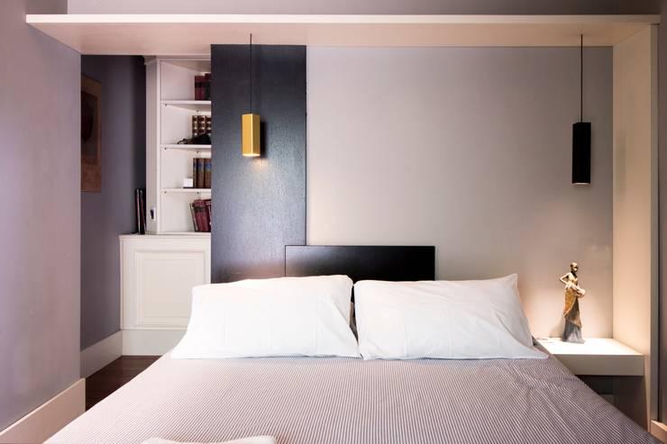 Dormitorios de estilo moderno por studioSAL_14