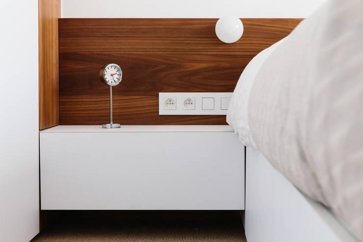 Slaapkamer door studio k interieur en landschapsarchitecten, Modern