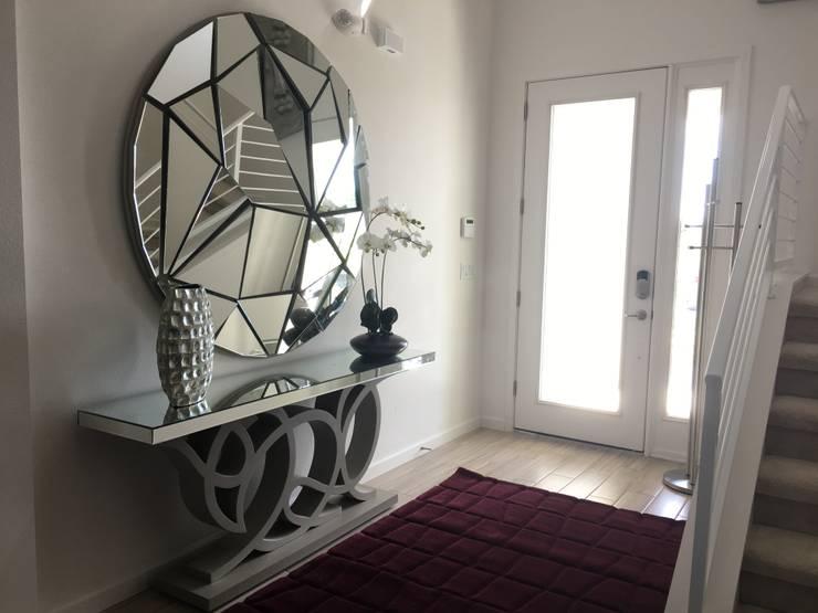 Hall - Residencia Calistoga: Corredor, vestíbulo e escadas  por Laura Picoli