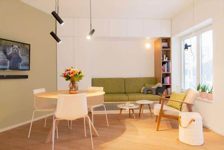 Woonkamer door studio k interieur en landschapsarchitecten, Modern