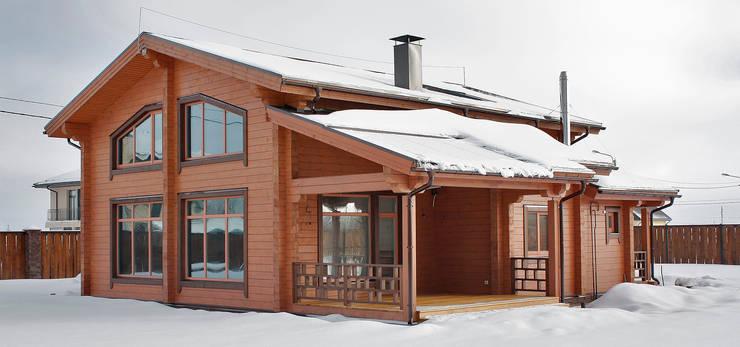 Projekty, rustykalne Domy zaprojektowane przez Дмитрий Кругляк