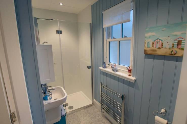 Casas de banho clássicas por The Wee House Company
