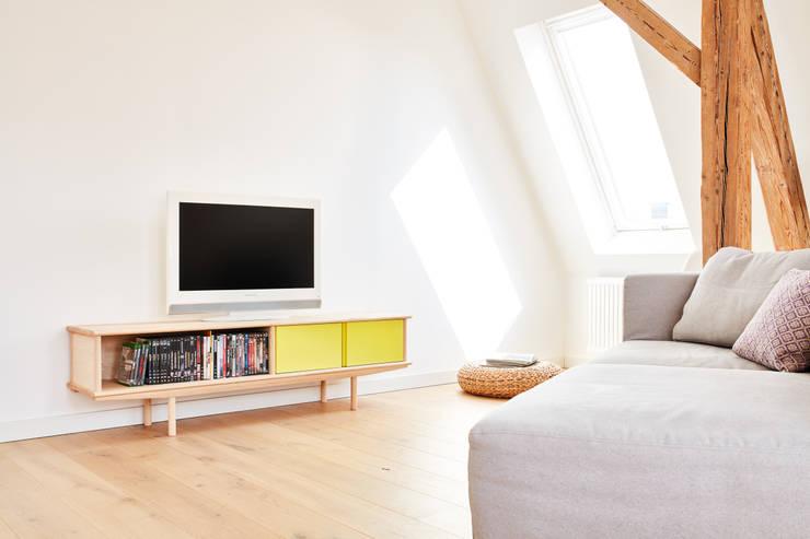 Splitter - 2x 1/2:  Wohnzimmer von Neuvonfrisch - Möbel und Accessoires