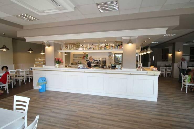 Arredare un bar in stile liberty di rmg project studio for Arredare un bar