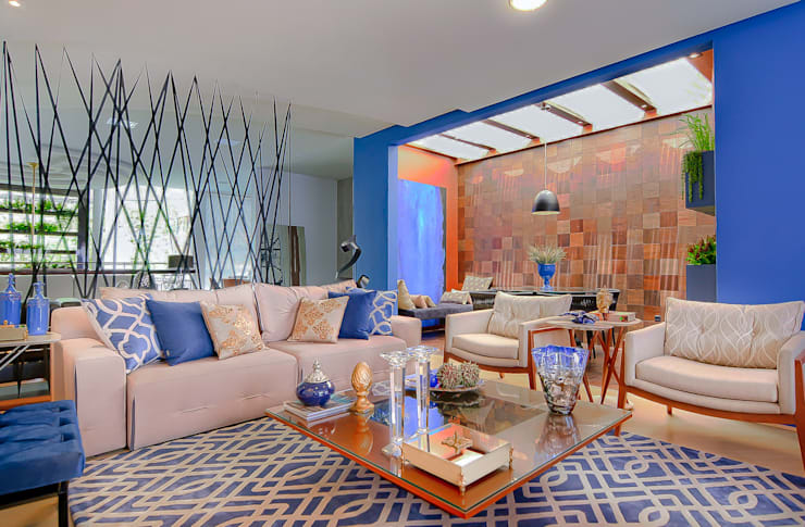 Salas / recibidores de estilo  por Sgabello Interiores