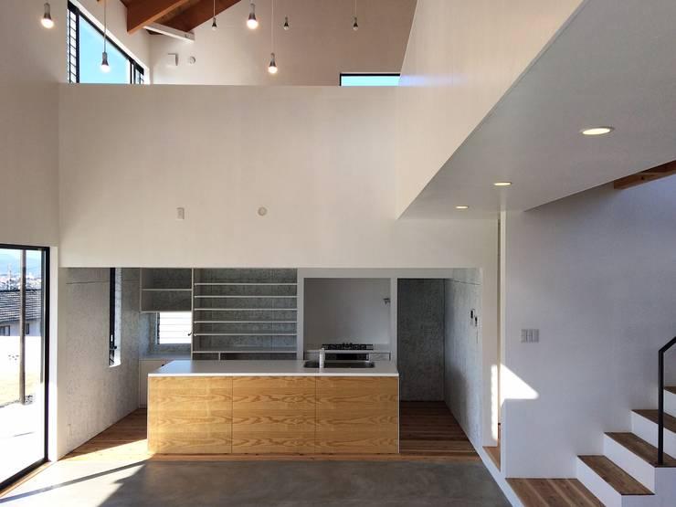 Kitchen by ZOYA Design Office