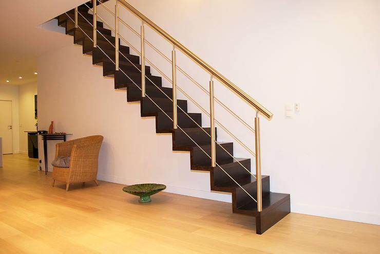 Escalier LINEA avec contremarche von Passion Escaliers | homify
