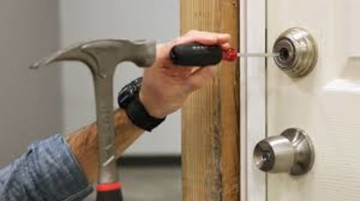 "Emergency lock smith service: {:asian=>""asian"", :classic=>""classic"", :colonial=>""colonial"", :country=>""country"", :eclectic=>""eclectic"", :industrial=>""industrial"", :mediterranean=>""mediterranean"", :minimalist=>""minimalist"", :modern=>""modern"", :rustic=>""rustic"", :scandinavian=>""scandinavian"", :tropical=>""tropical""}  by Locksmith Randburg,"