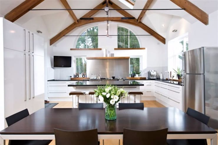 Gentleman's Residence with Bridge Linking into Existing Restored Coach House:  Kitchen by Des Ewing Residential Architects