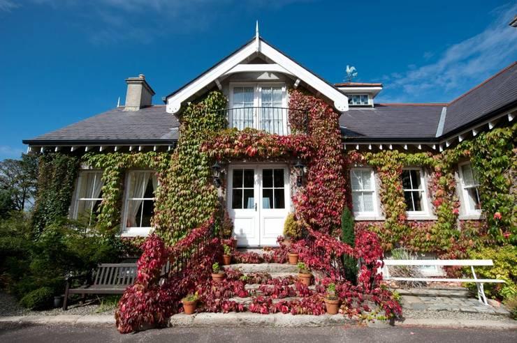 Casas de estilo rústico por Des Ewing Residential Architects