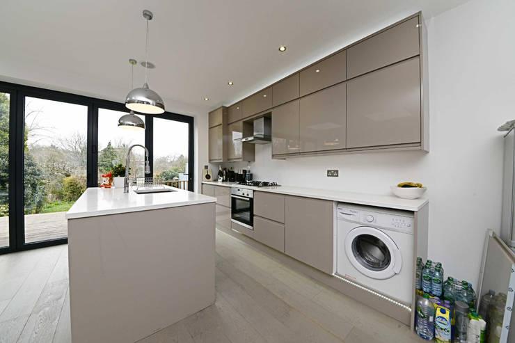 kitchen : minimalistic Kitchen by POWER 2 BUILD LTD