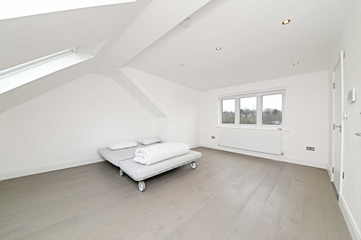 loft : minimalistic Bedroom by POWER 2 BUILD LTD