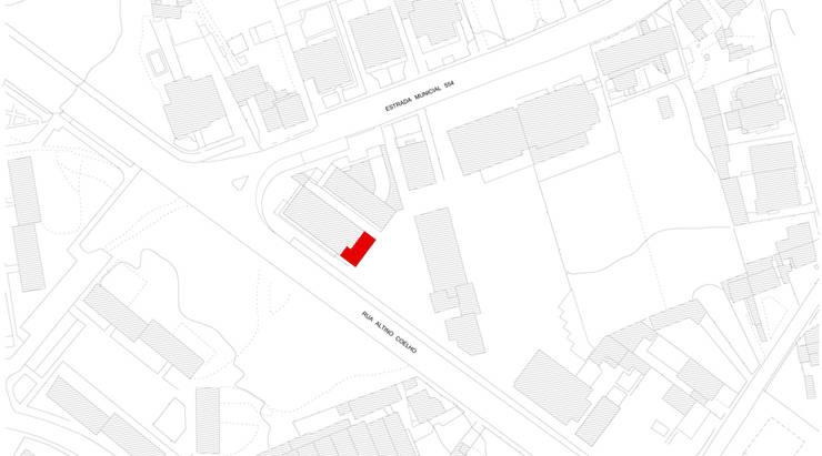 implantação: Lojas e espaços comerciais  por AR arquitectura
