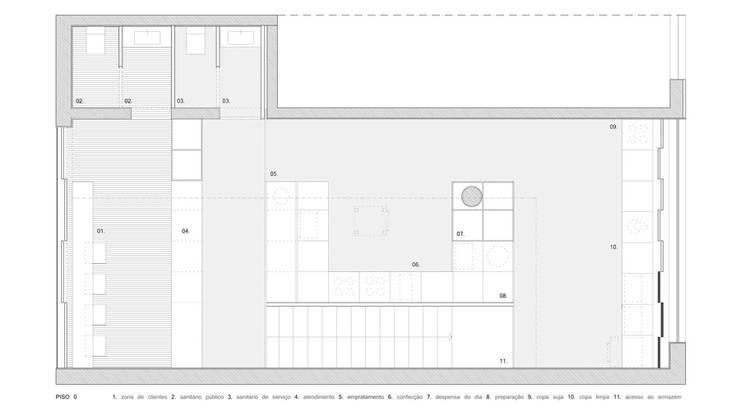 planta: Lojas e espaços comerciais  por AR arquitectura