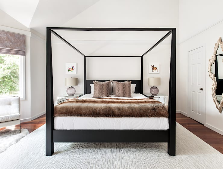 Master Bedroom:  Bedroom by Clean Design