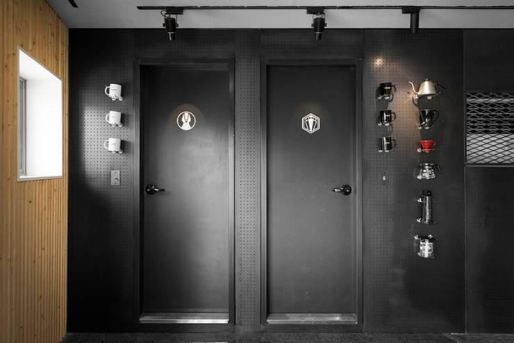 하남시 핫플레이스 카페!: STARSIS의  욕실
