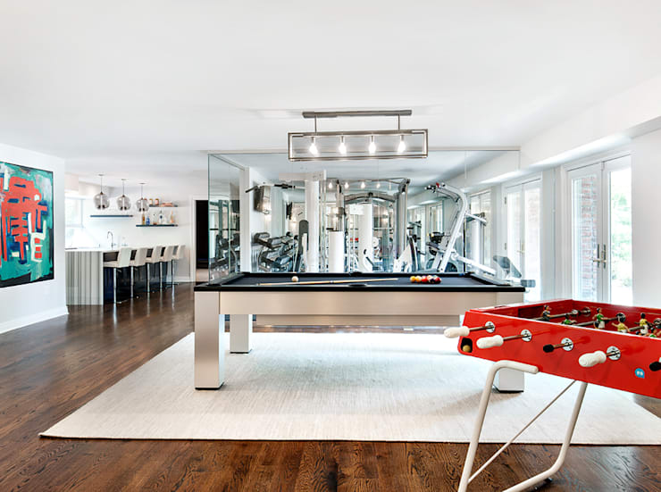 Basement:  Gym by Clean Design