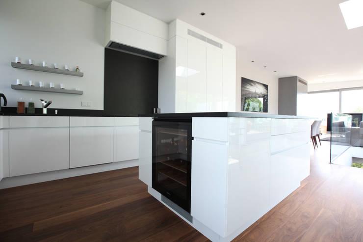 Dapur Modern Oleh Neugebauer Architekten BDA Modern