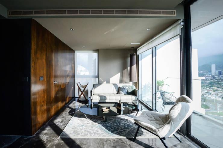 PH Fuentes - P+0 Arquitectura: Salas de estilo  por pmasceroarquitectura