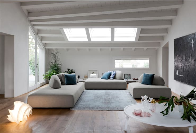 modern Living room by Dall'Agnese