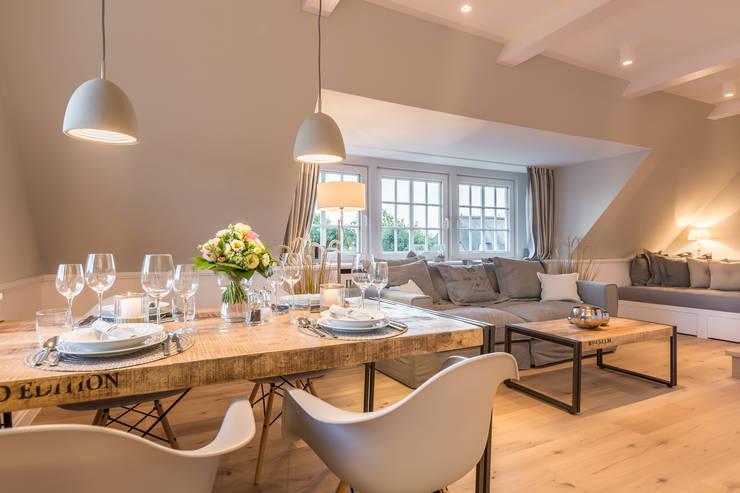 Гостиная в . Автор – Home Staging Sylt GmbH