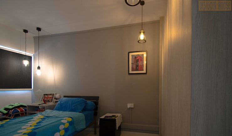 Potong Pasir Renovation:  Bedroom by Designer House,