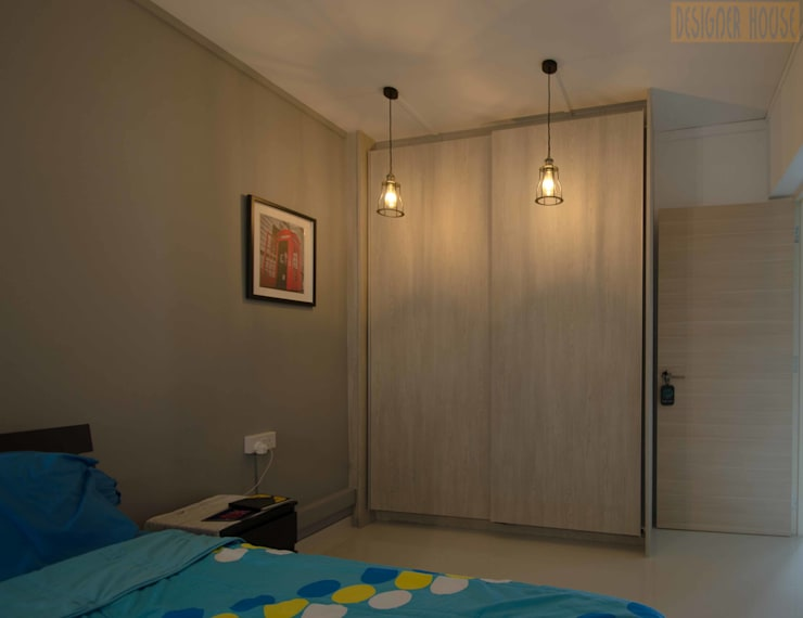 Potong Pasir Renovation:  Bedroom by Designer House