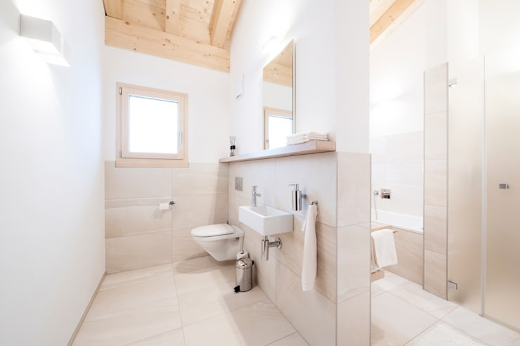 Salle de bains de style  par Mood Interieur
