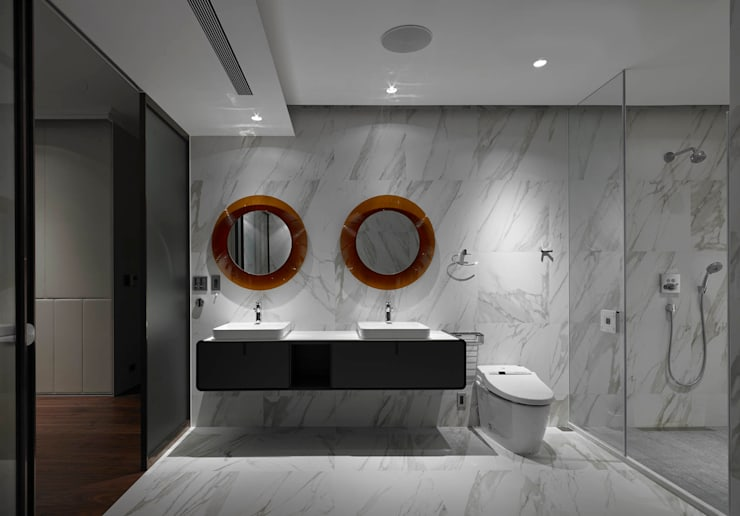 Bathroom by 水相設計 Waterfrom Design