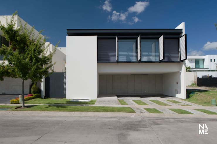 modern Houses by NAME Arquitectos