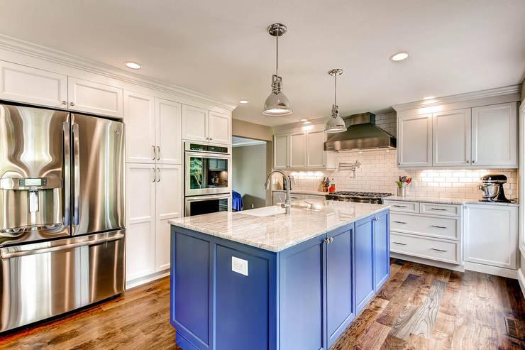 Heritage Greens Kitchen and Bathroom :  Kitchen by Studio Design LLC