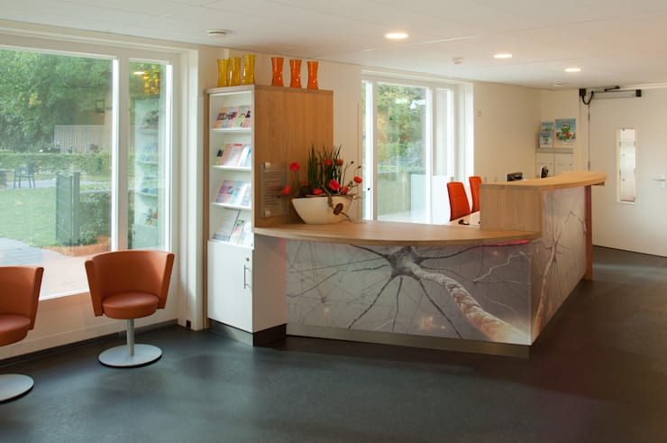 Balie ontwerp | voorzijde:  Kantoren & winkels door Joyce Bark