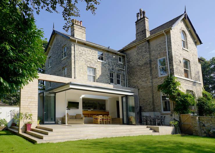 moderne Huizen door Project 3 Architects