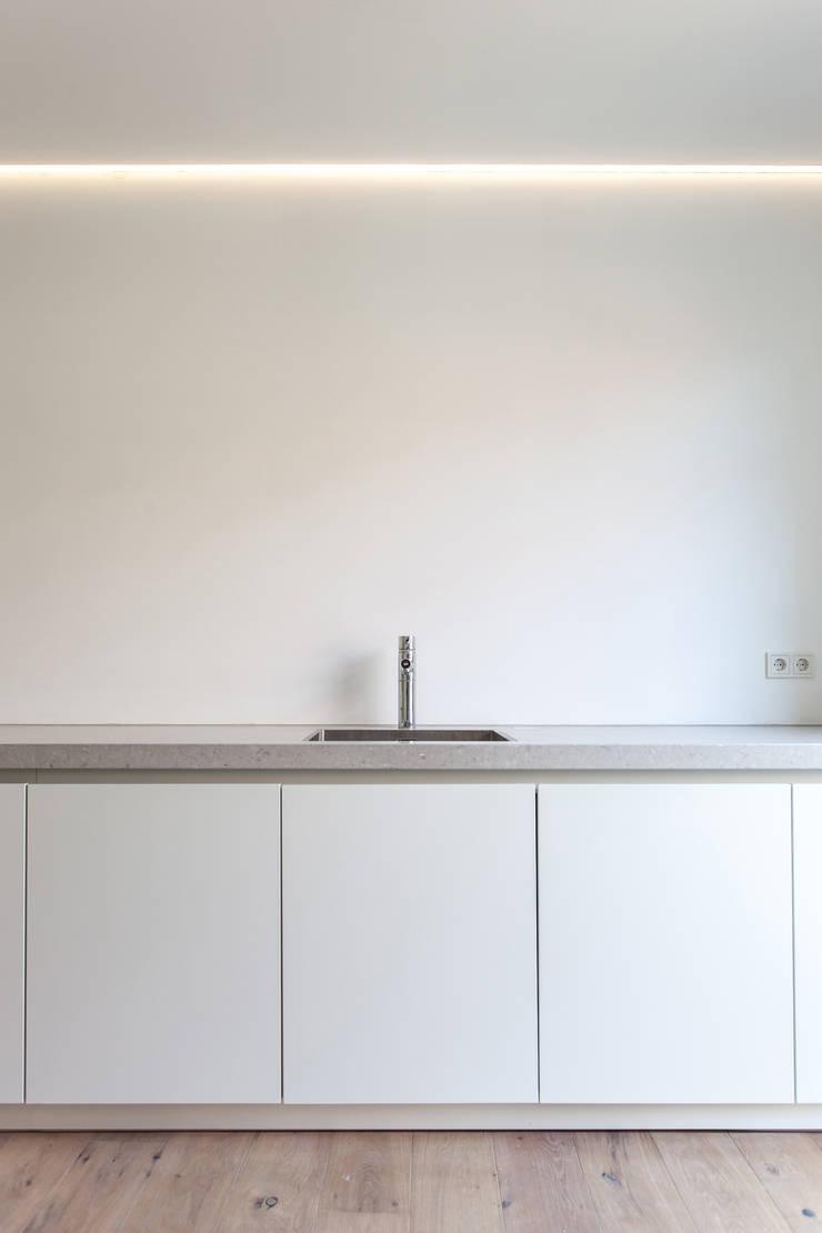 Keuken Huis 20x3:  Keuken door Tim de Graag, Modern