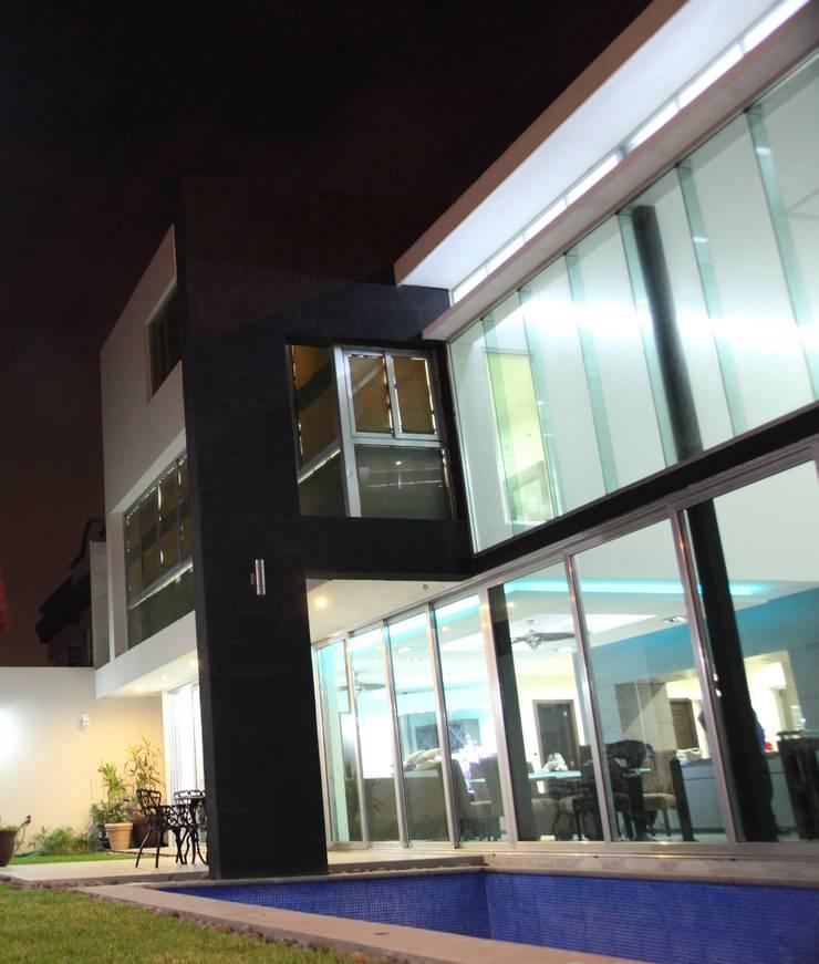 CASA BALLENA: Casas de estilo  por Diseño Aplicado Avanzado de Guadalajara