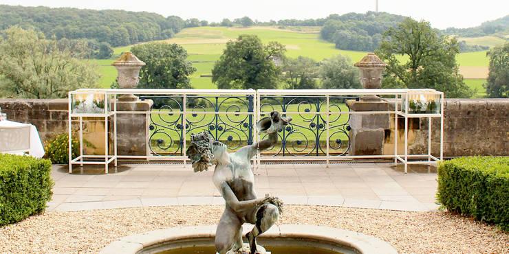 Champagnebar Château Neercanne:  Balkon, veranda & terras door De Nieuwe Context